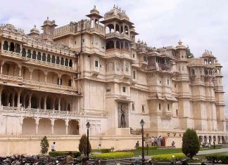 City Palace, Udaipur: What to Know Before You Go