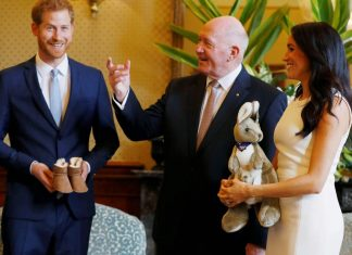 Harry, Meghan Markle start Aussie tour with baby gifts
