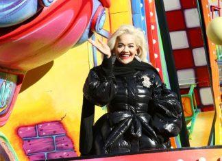 Rita Ora defends lip syncing, Report