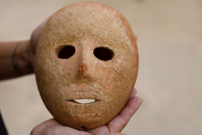 9,000-Year-Old Stone Mask unearthed in Israel, Report