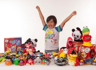 Highest earning Youtuber: 7-Year-Old Made $22 Million Playing With Toys