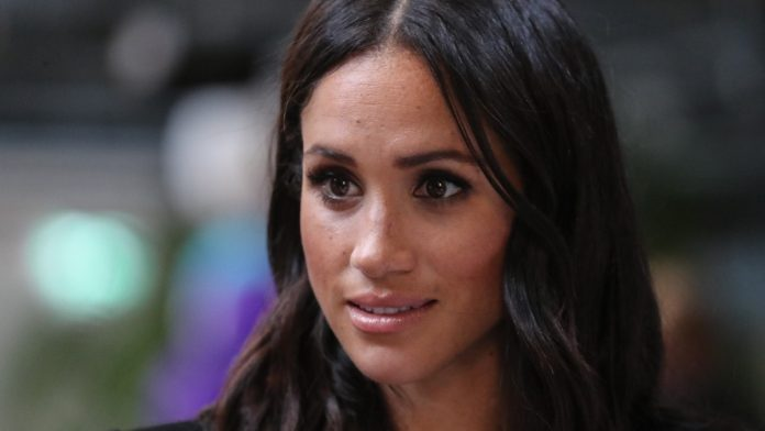 Meghan Markle 'in crisis talks' about dad, Report