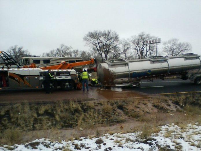 Arizona: Highway rollover spills chocolate on I-40
