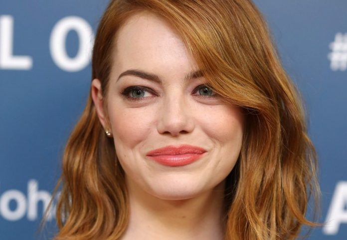 Emma Stone Is 'Sorry!' for Aloha (Watch)