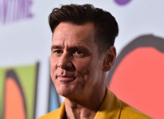 Jim Carrey Fires Back at Louis CK for Dissing Parkland Survivors, Report