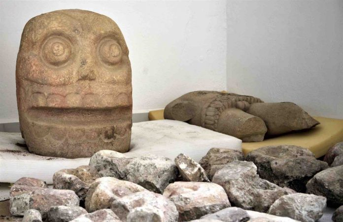 Mexico: Grisly 'flayed god' temple discovered, Report
