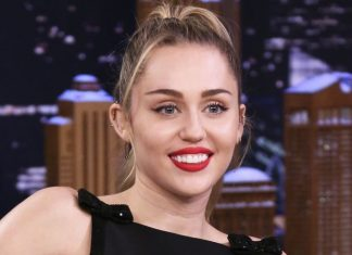 Miley Cyrus Denies Pregnancy Rumor With Viral 'Egg' Meme