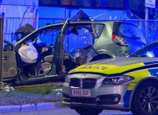 A40 car crash leaves two dead after police chase