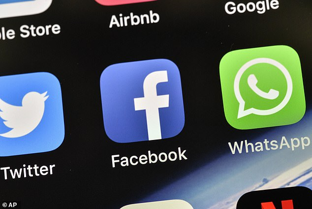 Facebook Slammed For Listing Users Phone Numbers, Report