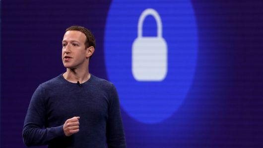 Facebook finds UK-based 'fake news' network, Report