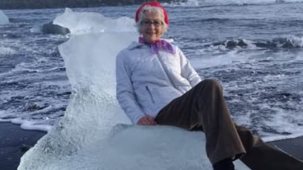 Grandma swept out to sea in Iceland while posing for photo (Watch)