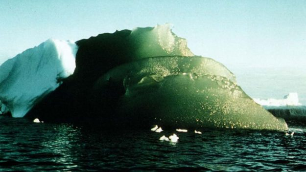 Green Icebergs In Antarctica Have Baffled Scientists for Decades