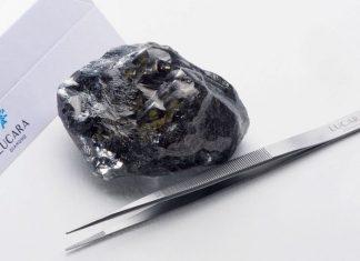 Biggest uncut diamond in history found in Botswana