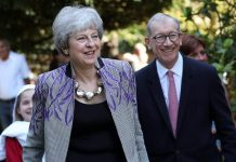 Brexit: Cross-party talks to resume, Report