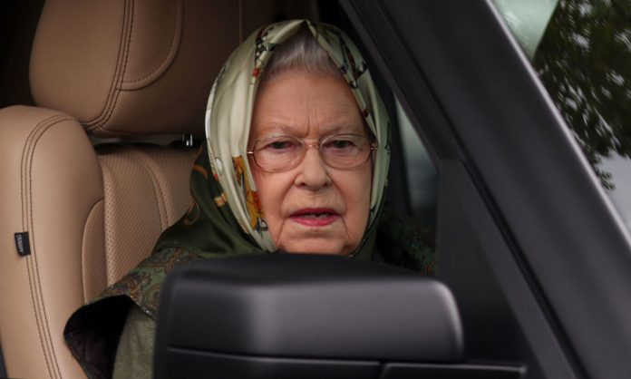 Queen Elizabeth to quit driving in public, Report
