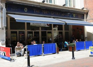 Wetherspoon to axe 16 UK pubs and Lloyds bars, Report