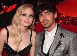 Joe Jonas and Sophie Turner Get Married in Las Vegas (Watch)