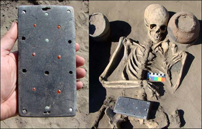2,100-year-old iPhone found in Russia's 'Atlantis' (Photo)