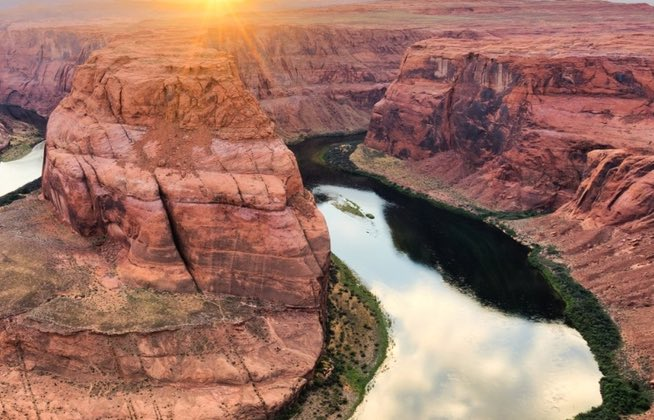 Australian man dies swimming the Grand Canyon, Report