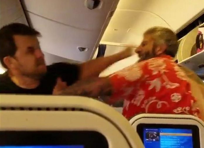 Drunk airline passengers arrested at UK airports, Report