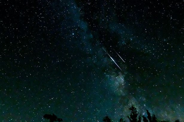 Plane crash meteor shower, what actually happened?