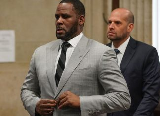 R. Kelly Arrest Warrant Issued After He Misses Sex Crime, Report