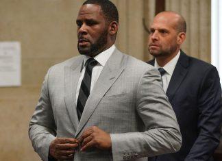 R. Kelly Arrest Warrant Issued After He Misses Sex Crime, Report