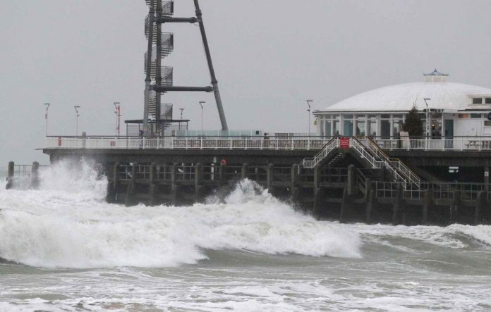 UK weather: Tail-end of Hurricane Dorian to bring gale force winds (Report)