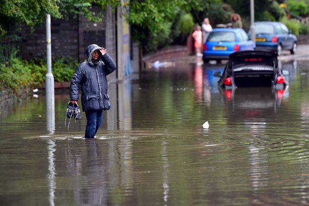 Rain flood in UK: Met Office warning as Scots to be drenched with 24 hours