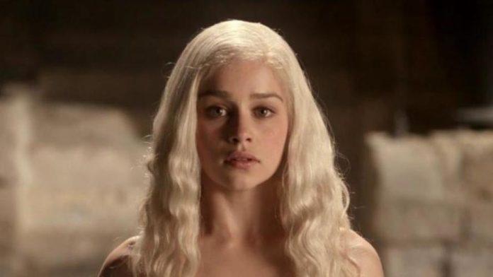 Emilia Clarke Talks Pressure to Do Nudity, Report