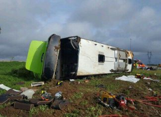 France bus crash: 33 hurt after Paris to London Flixbus overturns