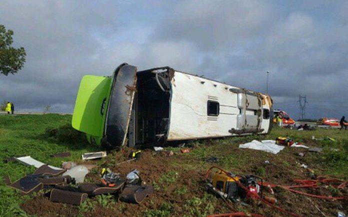 France bus crash: 33 hurt after Paris to London Flixbus overturns