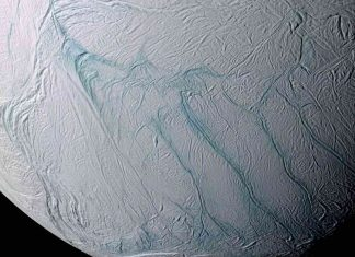 Saturn's moon Enceladus' 'tiger stripes' mystery explained (Study)