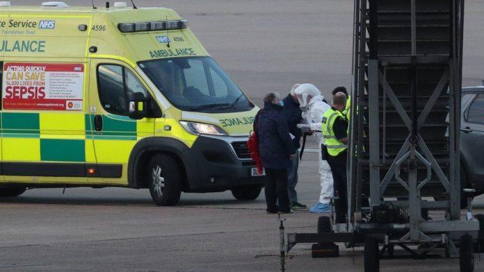 Coronavirus latest: Biggest daily rise as UK cases reach 460
