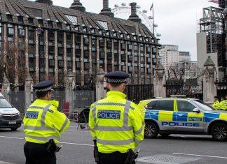 UK lockdown latest: Boris Johnson issues lockdown warning