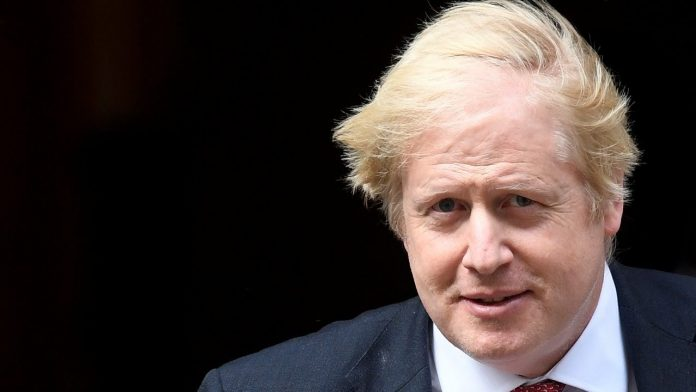 Boris Johnson Faces Keir Starmer At PMQs (Video)