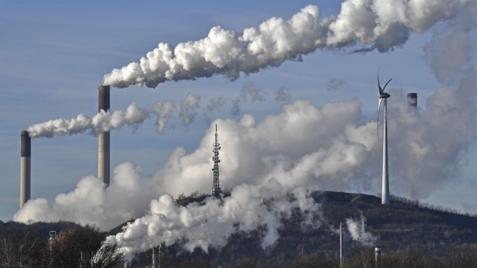 Earth's carbon dioxide levels hit record high despite Coronavirus lockdowns