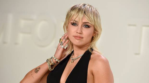 Miley Cyrus reveals she's been sober for six months