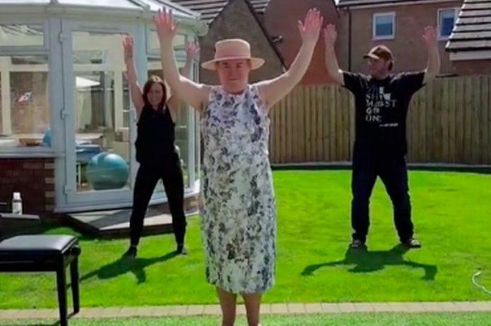Susan Boyle makes her TikTok debut (Video)