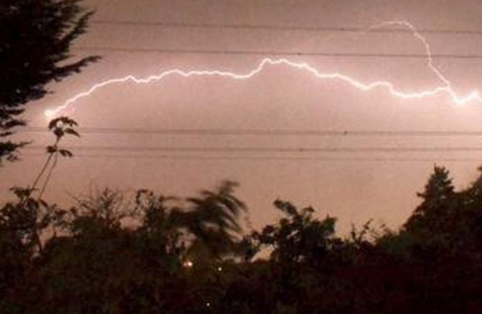 Thunderstorm warnings issued as 'flaming wet' June predicted, Report