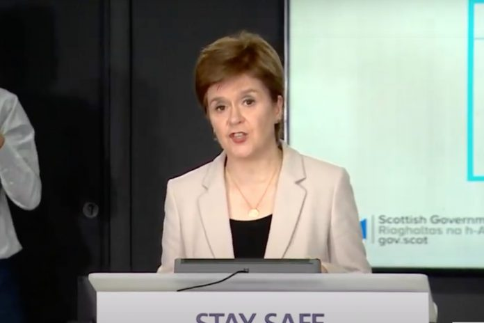 Air bridges UK: Nicola Sturgeon slams 'shambolic' plan, Report