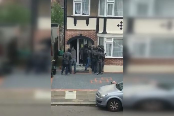 Four men arrested on suspicion of plotting terrorist acts in London and Leicestershire, Report