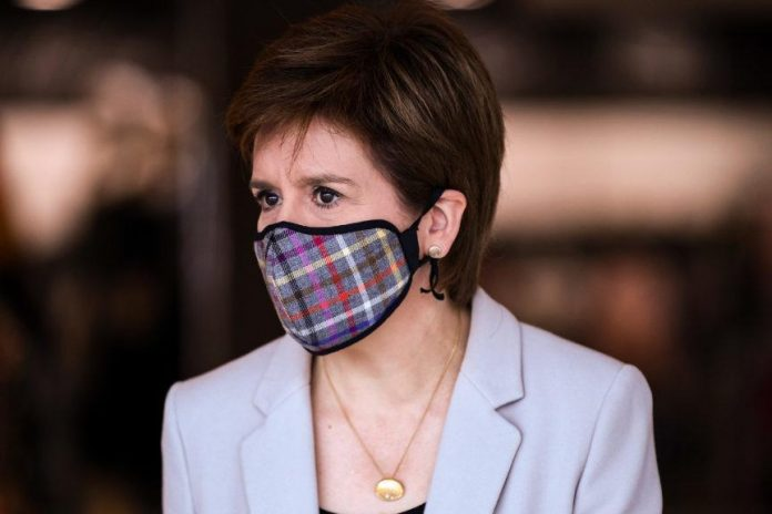 Nicola Sturgeon won't 'shy away' from quarantining English visitors to Scotland, Report