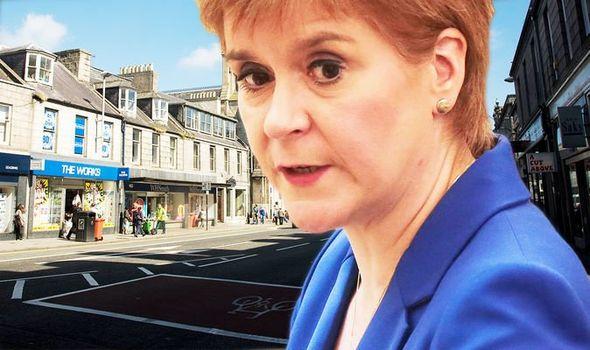 Coronavirus UK Update: Aberdeen lockdown to be enforced with extra police
