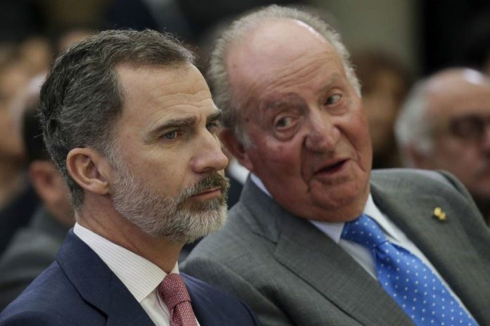 King Juan Carlos 'flew to UAE' as he went into exile