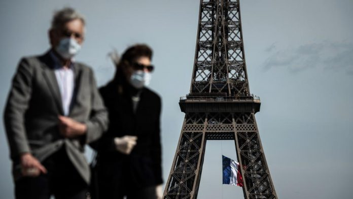 Coronavirus: France reports more than 10,000 daily virus cases