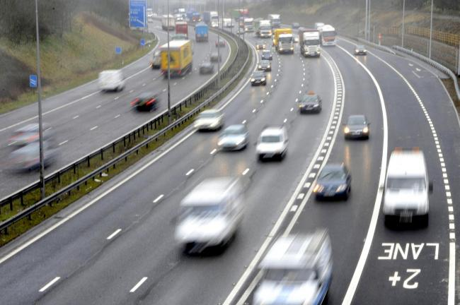 Drivers 'don't understand' M62 smart motorway system, Report