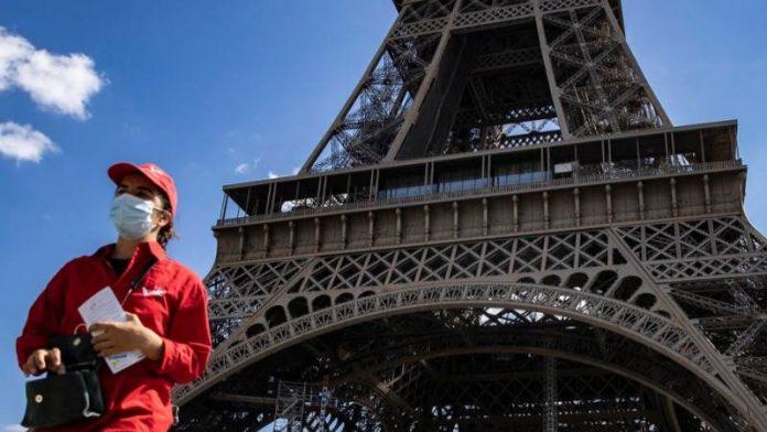 France hits record 52010 daily coronavirus cases