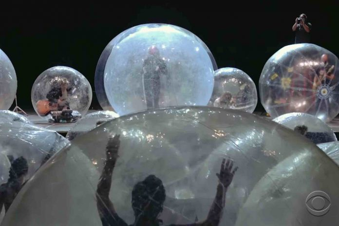 The Flaming Lips Actually Performed Their First Bubble Concert, Report