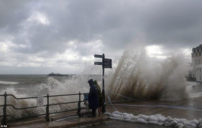 UK weather: Storm Alex brings power cuts, flood warnings (Report)